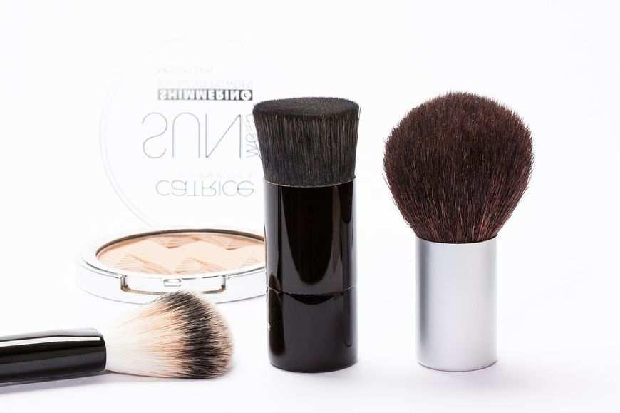 Popularne kosmetyki ekologiczne w niskich cenach